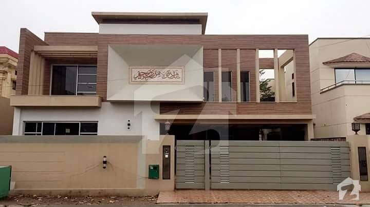 Kanal Luxury Bungalow  for Rent  in DHA Phase 6 K Block