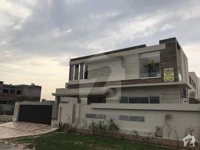 Kanal  Luxurious Bungalow for Rent located dha phase 6 k BLOCK