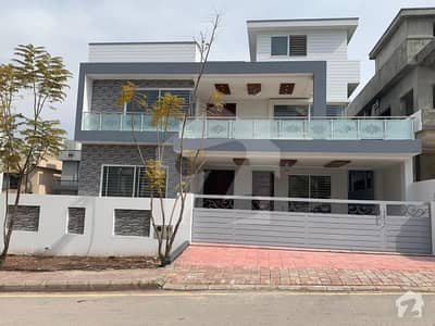 Ideal Location 1 Kanal 7 Bedrooms Brand New House Available For Sale In Bahria Enclave Islamabad Sector C