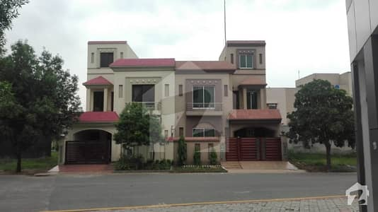 بحریہ ٹاؤن سیکٹرڈی بحریہ ٹاؤن لاہور میں 3 کمروں کا 5 مرلہ مکان 40 ہزار میں کرایہ پر دستیاب ہے۔