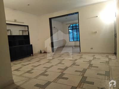 LOWER PORTION AVAILABLE FOR RENT IN UMAR BLOCK
