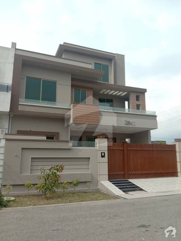 10 Marla House No 311 For Sale  Sector 2  Canal View