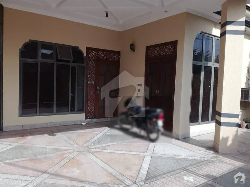 Single Storey House Is Available For Sale Near Allaho Roundabout