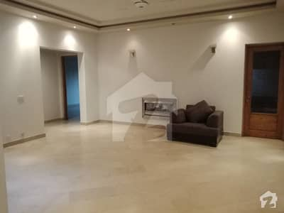 Hot Deal Offer 1 Kanal Lower Portion For Rent In Dha Lahore
