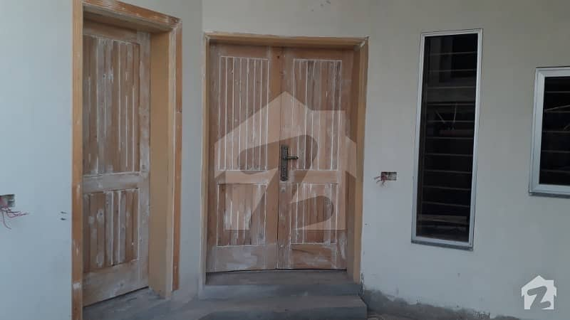 5 Marla Duplex House In Street No 3 Block D House For Sale