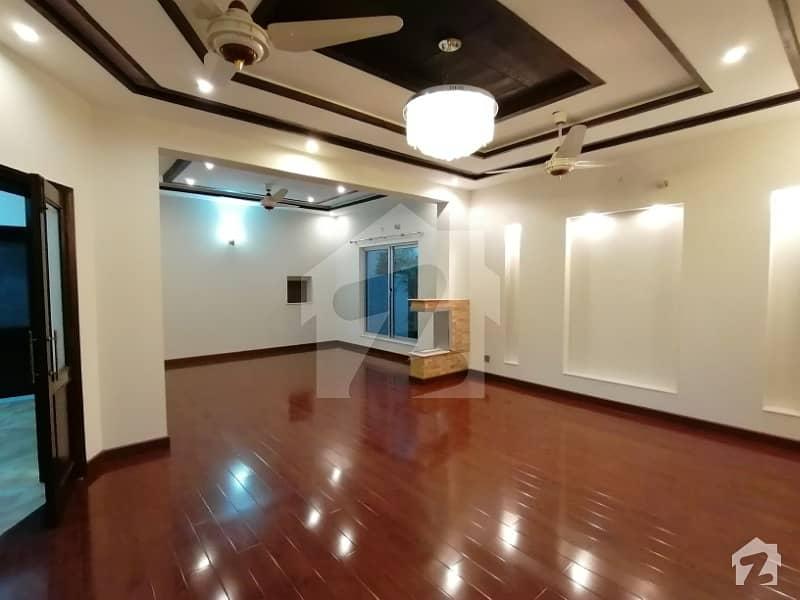 Out of Market Kanal New House Mazhar Munir Design Bungalow