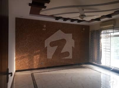 brand new house with basment one kanal parkview ph8