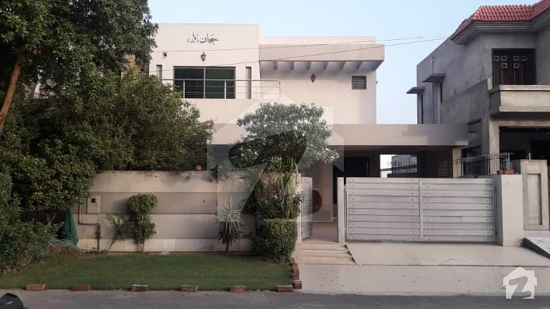 10 Marla Slightly Used House Sale in DHA 8