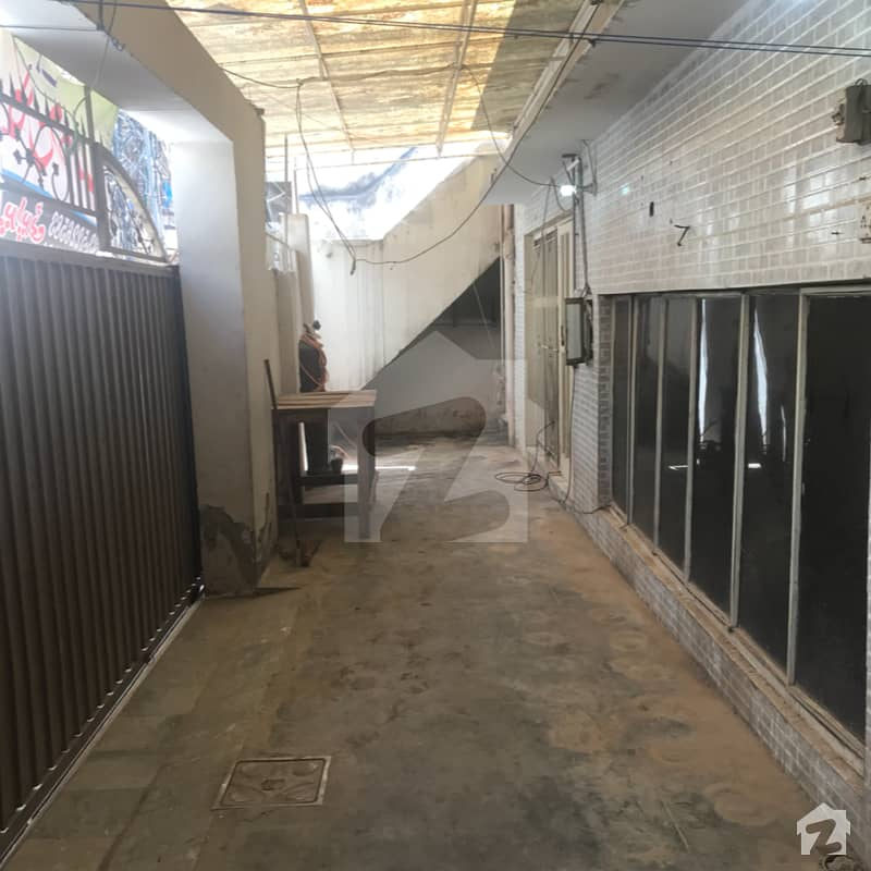 Rawalpindi Streets: 10 Marla Double Storey House For Sale 1 Min Drive From