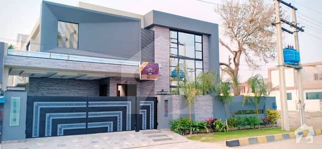 Syed Brothers Offers 20 Marla Brand New Solid Constructed Bungalow For Sale