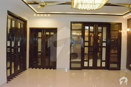 250 YARDS VILLA FOR SELL IN BAHRIA TOWN KARACHI