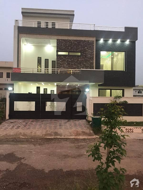 Brand New 10 Marla House Available For Sale