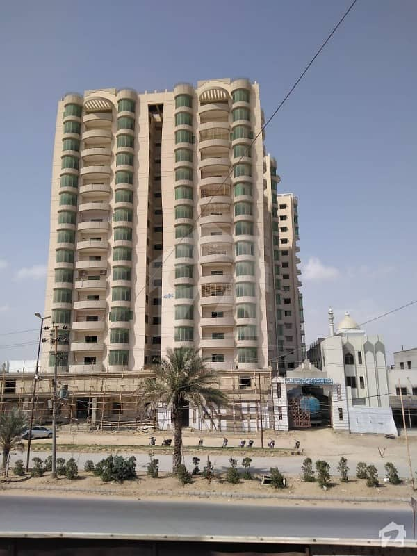 4 Rooms  2 Bed D/D Apartment For Sale