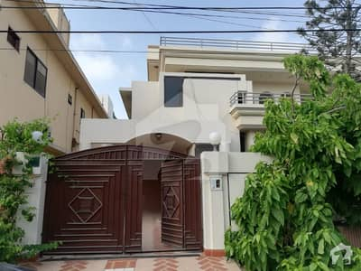 1000 Sq Yards Upper Portion For Rent