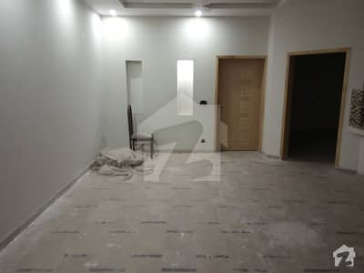 10 Marla Upper Portion In D Block Of Canal Garden Lahore For Rent