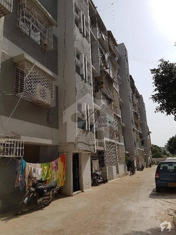 گلشنِ اقبال ٹاؤن کراچی میں 2 کمروں کا 4 مرلہ فلیٹ 55 لاکھ میں برائے فروخت۔