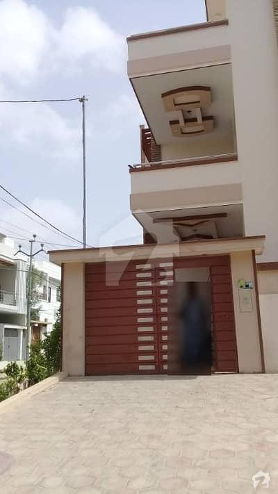 Independent House 200 Sq Yard Corner Gulistan E Jauhar Block 3