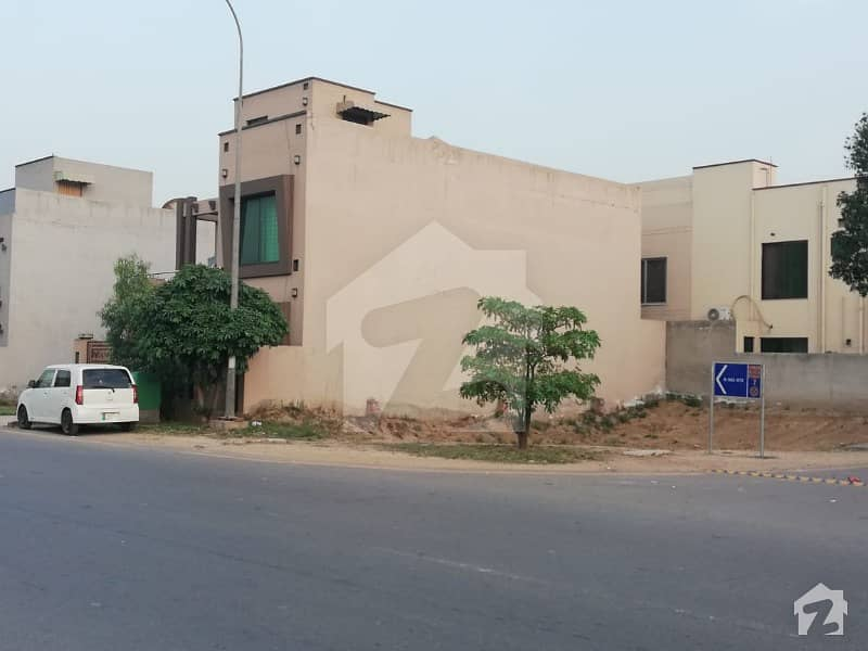 5 Marla Ideally Located Residential Plot For Sale In Tauheed Block Sector F Bahria Town Lahore
