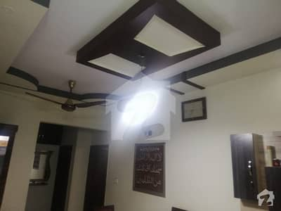 Portion With Roof Leased West Open In Gulistan E Johar