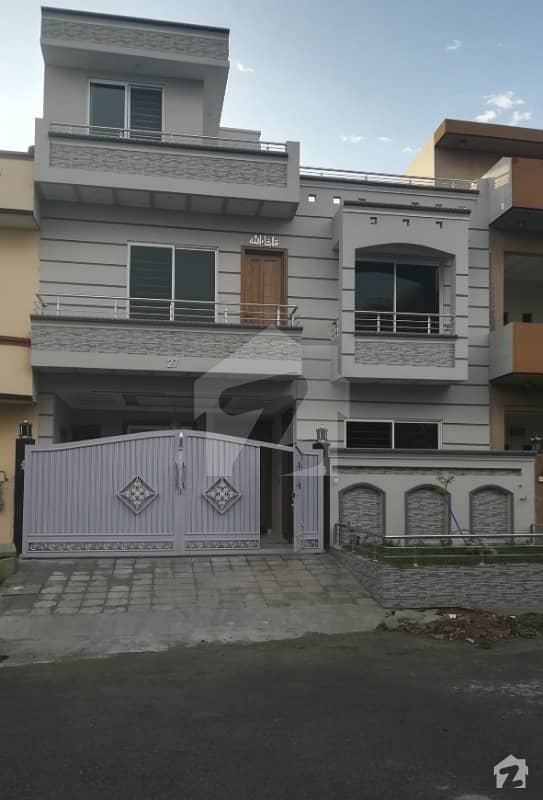 Brand New 30x60 House For Sale With 5 Bedrooms In G-13 Islamabad