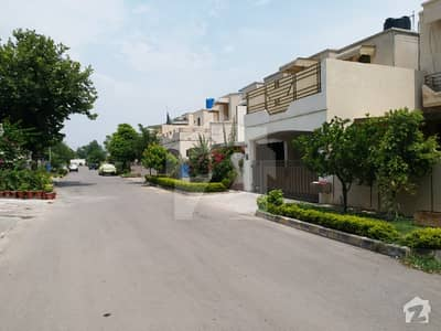 SD House Available For Sale In Askari 10