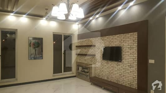 1 Kanal    Bungalow For  rent  in DHA Defence Phase 7 P block
