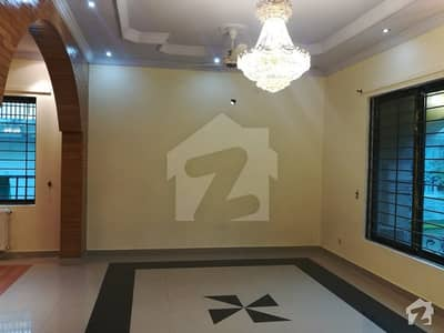500 Yards Demolish-able House For Sale In F8 Islamabad