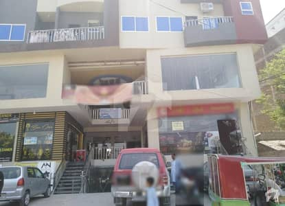 Good Location Flat Is Available For Sale In Royal Tower Gulberg No 1