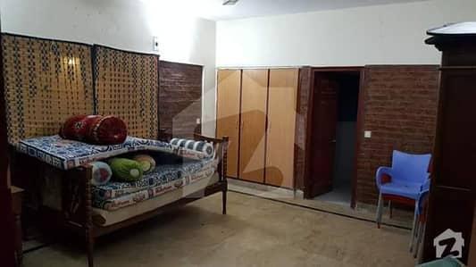 Amazing Farm House For Sale - Near Baqai University