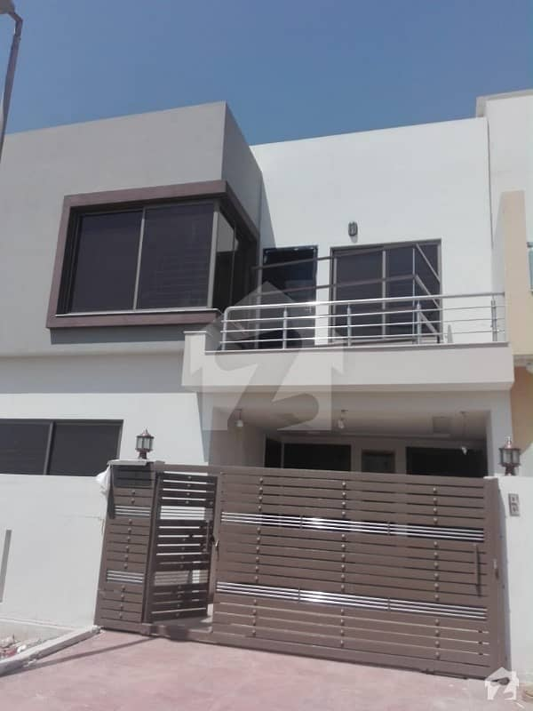 Brand New 8 Marla Ground Portion Available For Rent In Bahria Town Phase 8 Awais Black