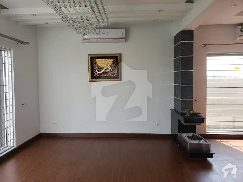Maan Estate Offer Top Class Construction 1 Kanal Beautiful Identical Bungalow