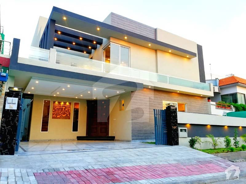 Stylish 1 Kanal House For Sale In Bahria Town Phase 3