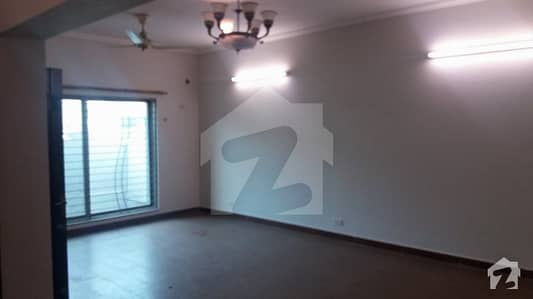 Best Opportunity 10 Marla 3 Bedrooms House For Sale In Sector A Askari Xi Lahore