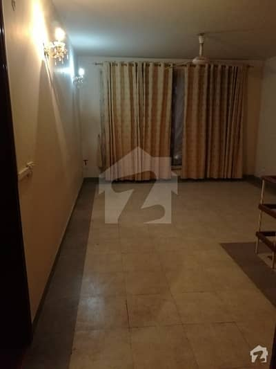 1. 5 Kanal House Available For Rent In Gulberg 3