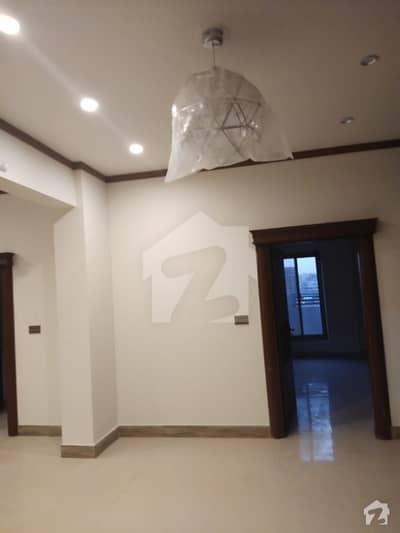 گلستانِِ جوہر ۔ بلاک 11 گلستانِ جوہر کراچی میں 3 کمروں کا 8 مرلہ پینٹ ہاؤس 2 کروڑ میں برائے فروخت۔