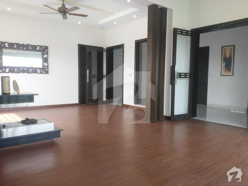1 Kanal Brand New Luxury Bungalow Installed Ac And Security System For Rent
