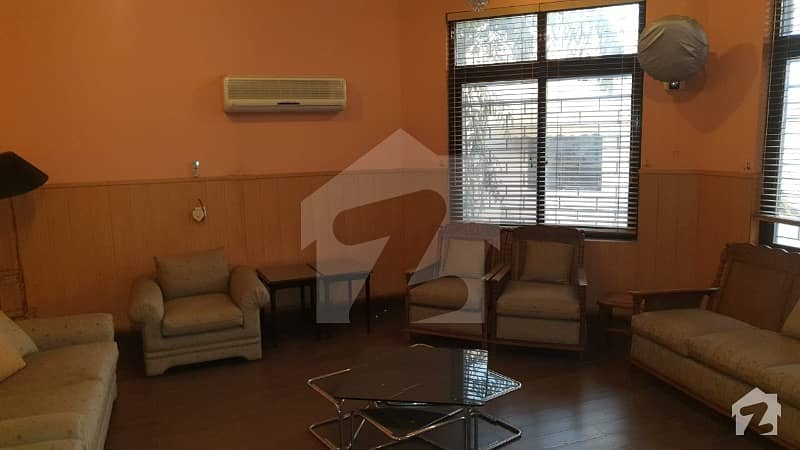 2 Kanal DHA Furnished Rooms For Rent In Near Commercial Y Block Phase 3 DHA