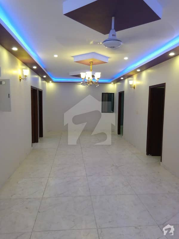 Rahat Commercial 3 Luxury Bedroom Drawing Dinning Flat For Sale