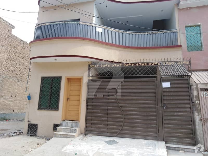 حیات آباد فیز 6 - ایف9 حیات آباد فیز 6 حیات آباد پشاور میں 5 مرلہ مکان 55 ہزار میں کرایہ پر دستیاب ہے۔