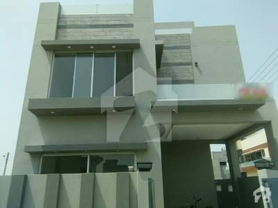 205 H   Black  Corner House For Sale  Clear Front No Pool