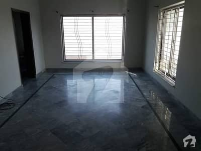 10 Marla 3 Beds Lower Portion For Rent In Jeewan City, Sahiwal