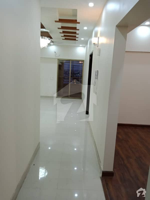 Executive Flat Available For Sale
