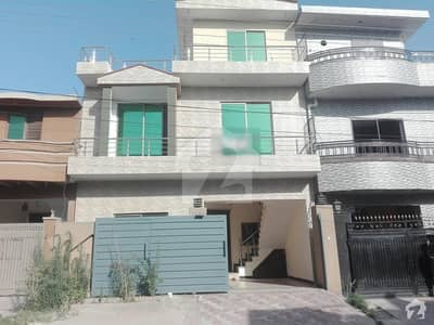 Double Storey House Available For Sale In Airport Housing Society - Sector 4