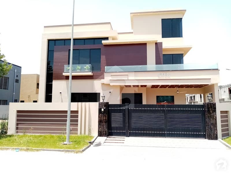 Farm House Is Available For Sale At Good Location