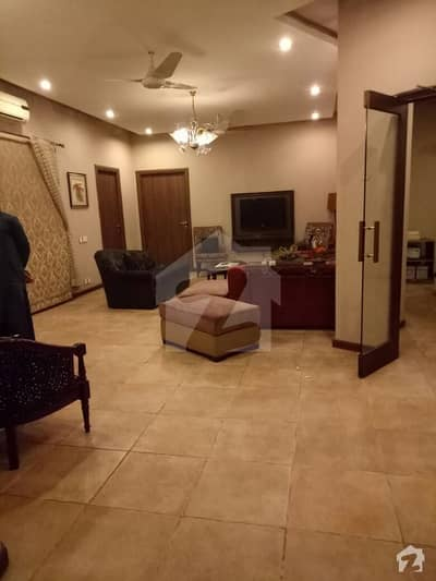 1 Kanal Upper Portion Furnished 3 Bedrooms For Rent In DHA Phase 3