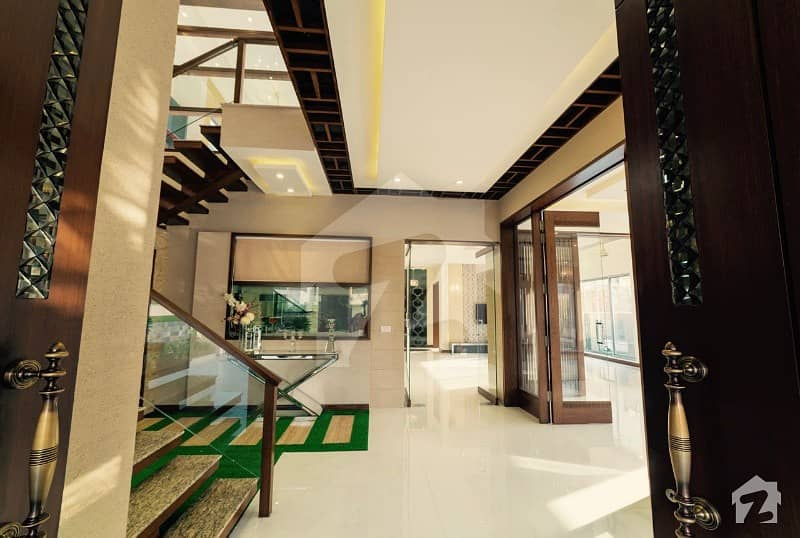 Soneri Estate Offer 1 Kanal Slightly Used Design Royal Place Out Class Modern Luxury Bungalow For Rent In Dha Phase V