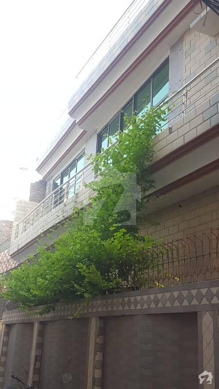 ککے زئی ہاؤسنگ سوسائٹی لاہور میں 5 کمروں کا 10 مرلہ مکان 1. 8 کروڑ میں برائے فروخت۔