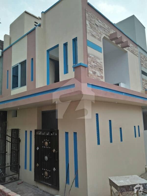 نشتر کالونی لاہور میں 2 کمروں کا 2 مرلہ مکان 22.5 لاکھ میں برائے فروخت۔