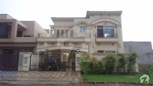 10 Marla Spanish House For Sale In F Block Of State Life Phase 1 Lahore