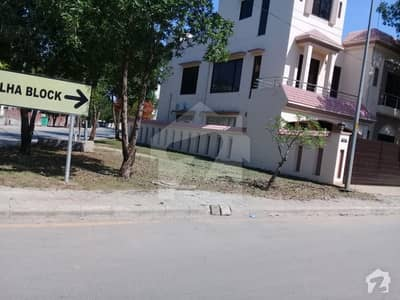 Plot#185 for Sale - Jinnah Block Bahria Town Lahore